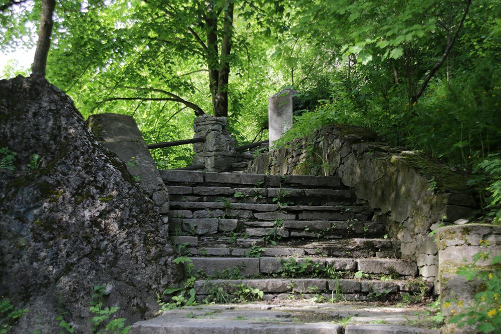 Лестница в Каменец-Подольский парк.
