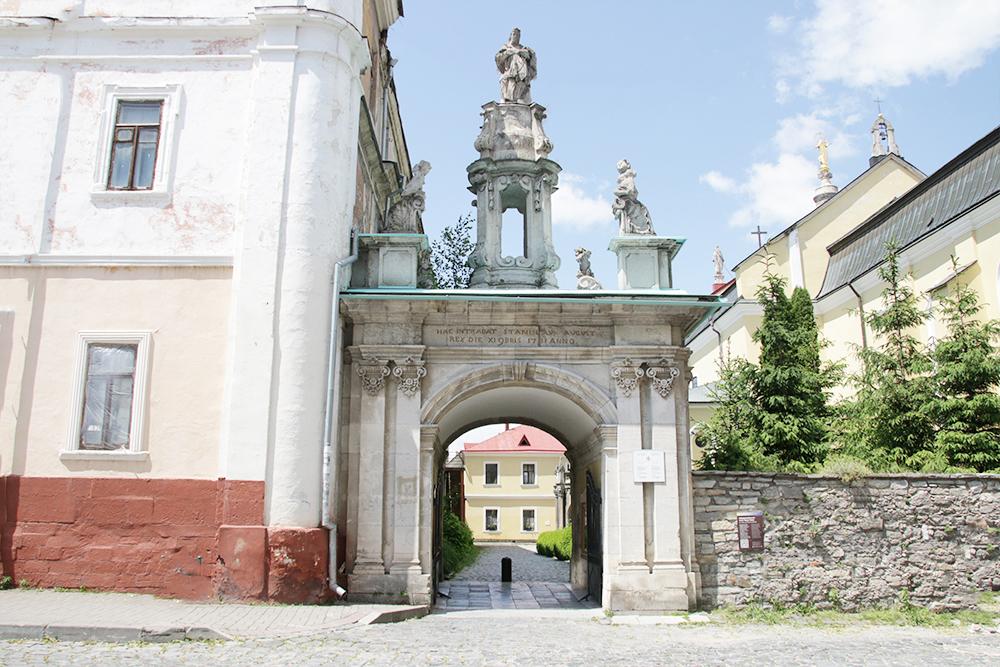 Триумфальная арка в Каменце-Подольском